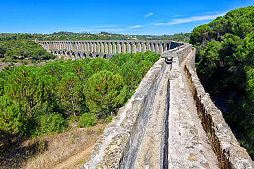 Pegoes Aqueduct, Castle and Convent of the Order of Christ, Tomar, Santarem district, Portugal, Europe
