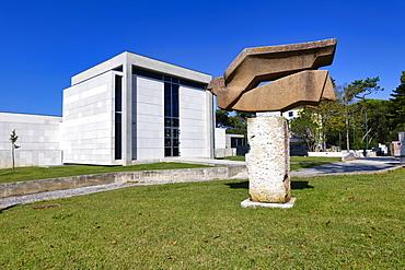 Leopoldo de Almeida Museum, Art Center, Dom Carlos Park, Caldas da Rainha, Estremadura, Portugal, Europe