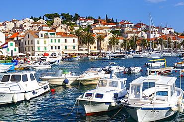 Hvar's picturesque harbour, Stari Grad (Old Town), Hvar, Dalmatia, Croatia, Europe - 1158-479