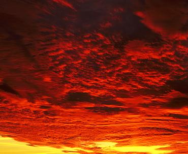 Sunrise, Swabian Alb, Baden Wurttemberg, Germany, Europe