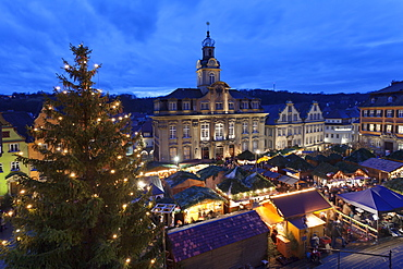 Christmas fair, Town Hall and Market Place, Schwaebisch Hall, Hohenlohe, Baden Wurttemberg, Germany, Europe