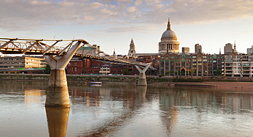 Millennium Bridge, River Thames and St. Paul's Cathedral, London, England, United Kingdom, Europe