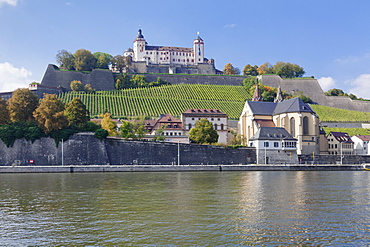 View over Main River to Marienberg Fortress and Church of St. Burkard, Wurzburg, Franconia, Bavaria, Germany, Europe