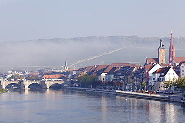 View over Main River to the Old Bridge, Marienkapelle Church and Grafeneckart Tower, Wuerzburg, Franconia, Bavaria, Germany, Europe