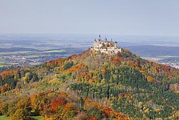 Burg Hohenzollern Castle, autumn, Zollernalb, Schwaebische Alb (Swabian Alb), Baden Wurttemberg, Germany, Europe