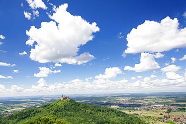 Burg Hohenzollern Castle, Zollernalb, Schwaebische Alb (Swabian Alb), Baden Wurttemberg, Germany, Europe
