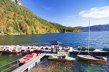 Boat hire, Walchensee Lake, Bavarian Alps, Upper Bavaria, Bavaria, Germany, Europe