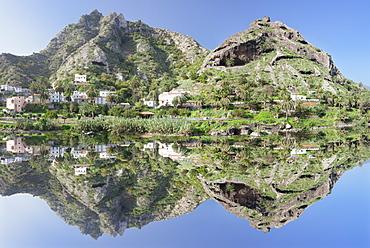 La Encantadora reservoir, near Vallehermoso, La Gomera, Canary Islands, Spain, Europe