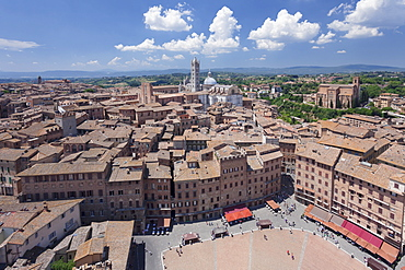 Old town with Santa Maria Assunta Cathedral and Piazza del Campo, Siena, UNESCO World Heritage Site, Siena Province, Tuscany, Italy, Europe