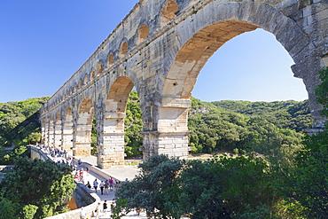 Pont du Gard, Roman aqueduct, UNESCO World Heritage Site, Languedoc-Roussillon, southern France, France, Europe