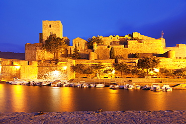 Chateau Royal and port, Collioure, Pyrenees-Orientales, Languedoc-Roussillon, France, Mediterranean, Europe