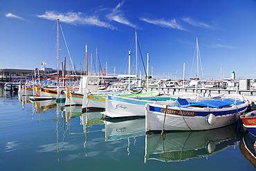 Fishing boats at the harbour, Cassis, Provence, Provence-Alpes-Cote d'Azur, Southern France, France, Mediterranean, Europe