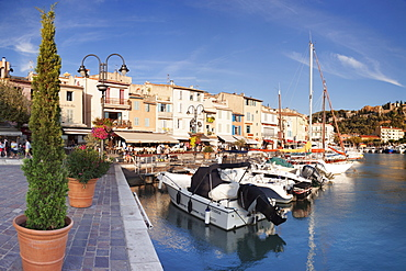 Cassis, Provence, Provence-Alpes-Cote d'Azur, Southern France, France, Mediterranean, Europe