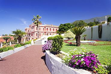 Jardin Marquesado de la Quinta Gardens, Liceo de Taoro in the background, La Orotava, Tenerife, Canary Islands, Spain, Europe