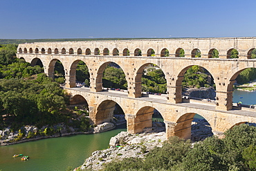 Pont du Gard, Roman aqueduct, UNESCO World Heritage Site, River Gard, Languedoc-Roussillon, France, Europe