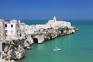 Punta San Francesco and old town, Vieste, Gargano, Foggia Province, Puglia, Italy, Europe