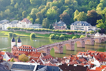 Old town with Karl-Theodor Bridge (Old Bridge) and gate, Neckar River, Heidelberg, Baden-Wurttemberg, Germany, Europe