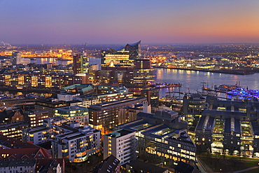 View over HafenCity and Elbphilharmonie at sunset, Hamburg, Hanseatic City, Germany, Europe