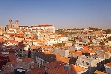 Ribeira District, UNESCO World Heritage Site, Se Cathedral, Palace of the Bishop, Ponte Dom Luis I Bridge, Porto (Oporto), Portugal, Europe