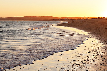 Praia de tres Irmaos beach at sunset, Atlantic Ocean, Alvor, Algarve, Portugal, Europe