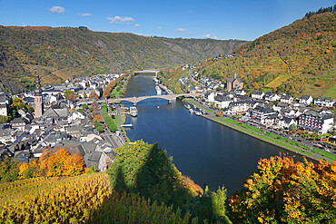 View from Reichsburg Castle to Cochem, Moselle Valley, Rhineland-Palatinate, Germany, Europe