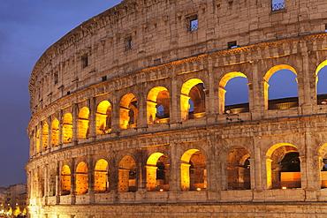 Colosseum (Colosseo), UNESCO World Heritage Site, Rome, Lazio, Italy, Europe