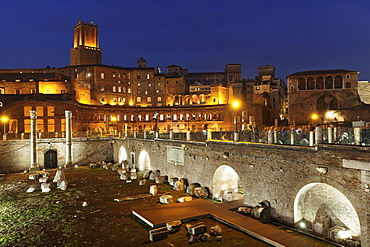 Trajan's Markets, Torre delle Milizie Turm, Trajan's Forum (Foro di Trajano), UNESCO World Heritage Site, Rome, Lazio, Italy, Europe