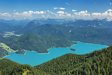 View from Herzogstand mountain to Walchensee Lake and Karwendelgebirge mountains, Upper Bavaria, Bavaria, Germany, Europe