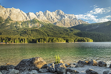 Eibsee Lake and Zugspitze Mountain, near Grainau, Werdenfelser Land range, Upper Bavaria, Bavaria, Germany, Europe