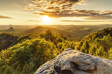 View over Carolafelsen Rocks to Schrammstein Mountains at sunset, Saxony Switzerland National Park, Saxony, Germany, Europe