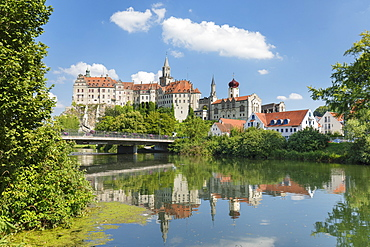 Sigmaringen Castle, Upper Danube Valley, Swabian Jura, Baden-Wurttemberg, Germany, Europe