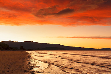 Sunset at Pohara Beach, Golden Bay, Tasman, South Island, New Zealand, Pacific
