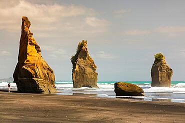 Three Sisters Beach, Tongaporutu, Taranaki, North Island, New Zealand, Pacific - 1160-4508
