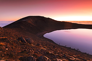Blue Lake at sunrise, Tongariro National Park, UNESCO World Heritage Site, North Island, New Zealand, Pacific