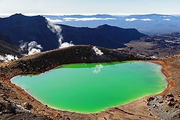 Emerald Lakes, Tongariro Alpine Crossing, Tongariro National Park, UNESCO World Heritage Site, North Island, New Zealand, Pacific