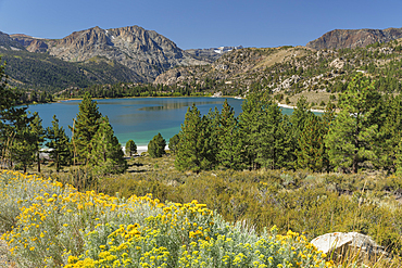 June Lake, Sierra Nevada, Mono County, California, USA,