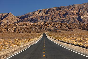 Street through Death Valley National Park, Funeral Mountains, California, USA