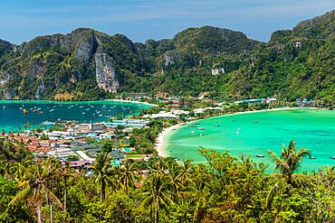 Pee Pee view on Ao Ton Sai and Ao Lo Dalam beaches, Ko Phi Khi Don, Krabi, Thailand, Southeast Asia, Asia