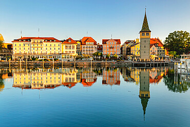 Harbour front and Mangturm Tower, Lindau, Lake Constance, Bavaria, Swabia, Germany