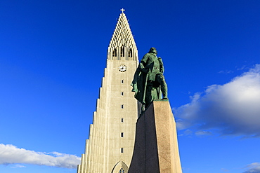 Statue of Leifur Eiriksson outside Hallgrimskirkja church in Reykjavic, Iceland, Europe