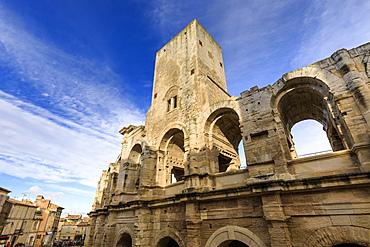 Arles Amphitheatre, Roman ruin, evening light, UNESCO World Heritage Site, Arles, Bouches du Rhone, Provence, France, Europe