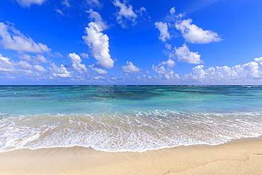 Nisbet Beach, turquoise sea, Nevis, St. Kitts and Nevis, West Indies, Caribbean, Central America