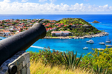 Cannon at Fort Gustaf, view to Fort Oscar, Gustavia, St. Barthelemy (St. Barts) (St. Barth), West Indies, Caribbean, Central America