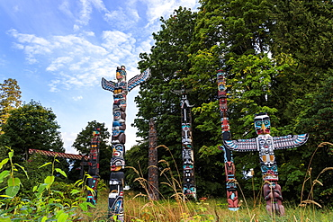 First Nation Totem Poles, Brockton Point, Stanley Park, autumn, Vancouver City, British Columbia, Canada, North America