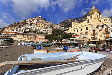 Small boats on beach, Positano, Costiera Amalfitana (Amalfi Coast), UNESCO World Heritage Site, Campania, Italy, Europe