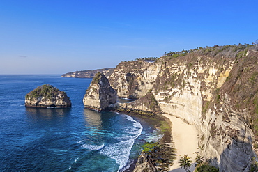 View of Atuh beach and sandstone cliffs, Nusa Penida Island, Bali, Indonesia, Southeast Asia, Asia
