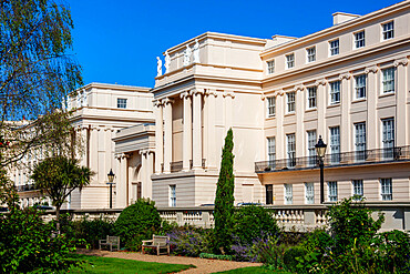 Cumberland Terrace, a row of luxurious Regency era houses by the architect John Nash next to Regents Park in Central London, England, United Kingdom, Europe