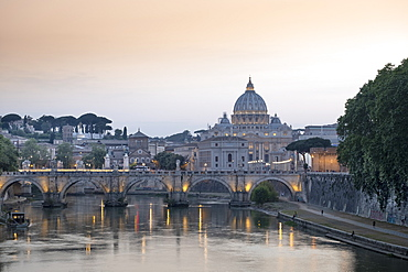 View of the Tiber (Tevere) River, Saint Angelo bridge and the dome of St. Peter's, Rome, Lazio, Italy, Europe
