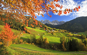 Beautiful landscape of the Val di Funes where the main landmark is the Odle/Geisler Dolomite Massif, South Tyrol, Italy, Europe