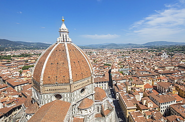Brunelleschi's Dome on the Duomo frames the old medieval city of Florence, UNESCO World Heritage Site, Tuscany, Italy, Europe